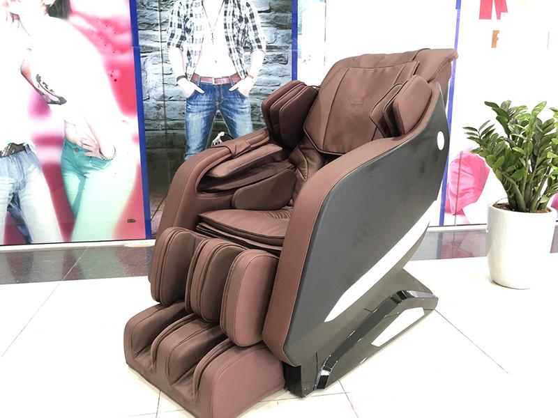 Có nên mua ghế massage hàng trưng bày không